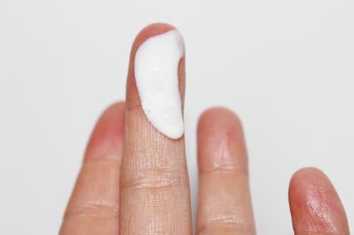 review paulas choice skin balancing ultra sheer sunscreen
